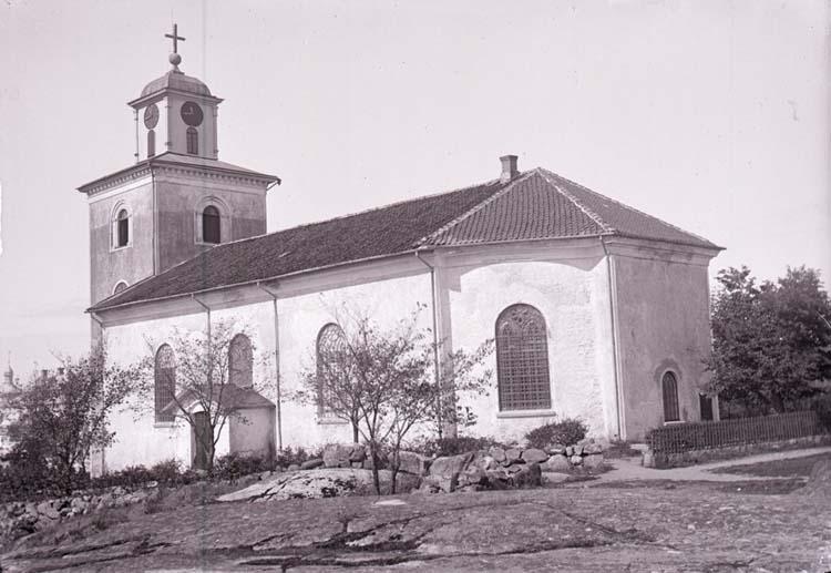 Strömstads kyrka. Exteriör. Invigdes 1820. ::