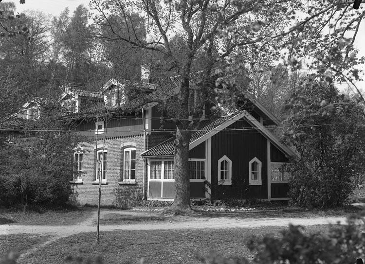 """Enligt fotografens noteringar: """"Ingeniör Göthlin, Göthlins bostad- Munkedal bostad."""""""