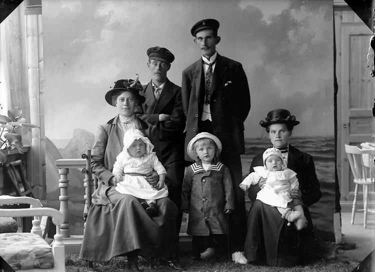 """Enligt fotografens journal nr 3 1916-1917: """"Johansson, Artur Askerön Här""""."""