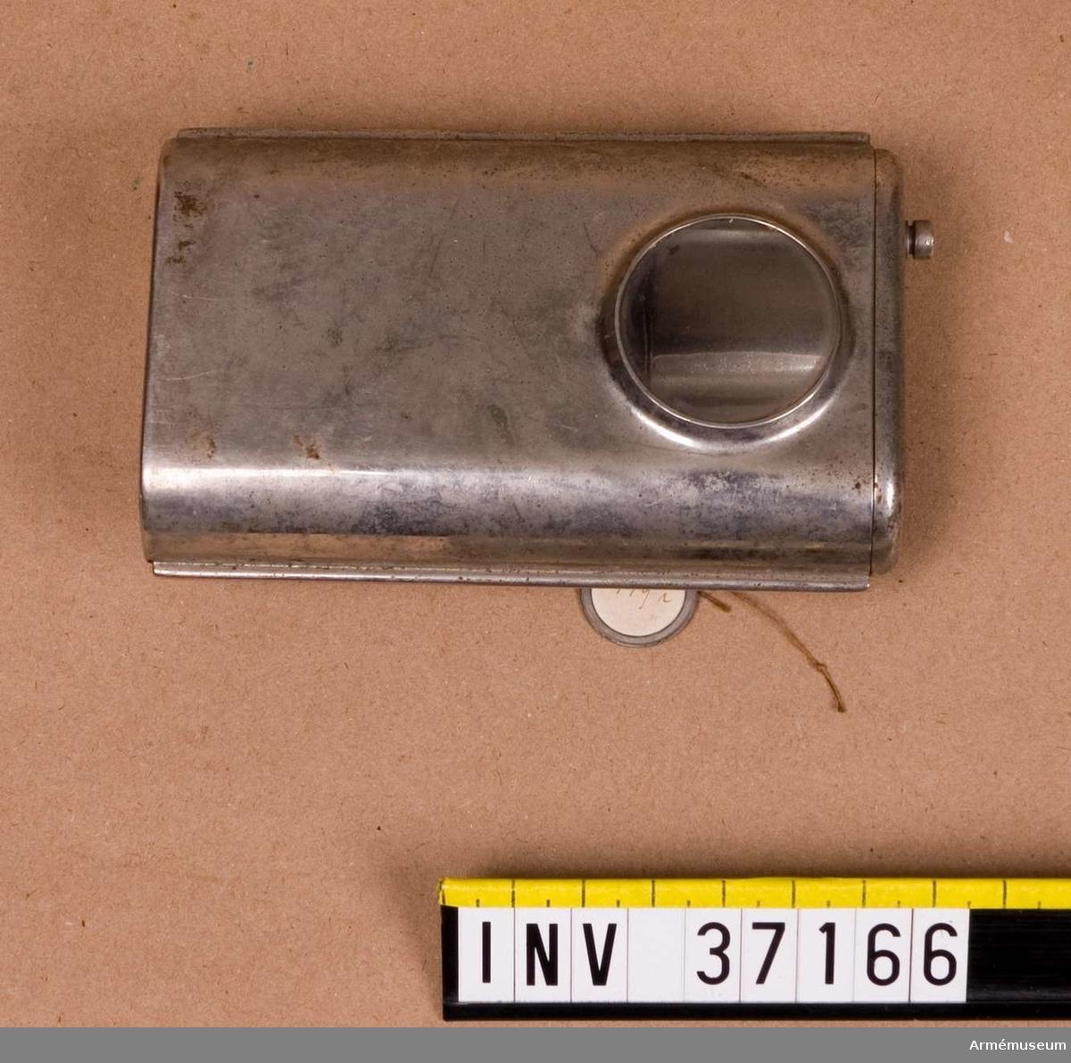 Grupp H I.  Samhörande nr AM.037154-AM.037174, delar till patrulltelefon.