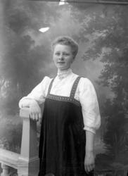 Fotograf Ingeborg Enander, självporträtt 1910-tal
