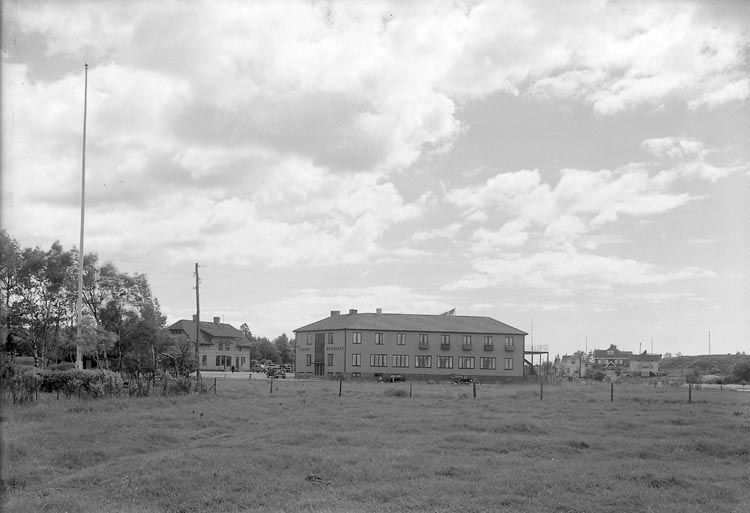 """Enligt fotograrens journal nr 6 1930-1943: """"Turisthotellet Nya Här""""."""