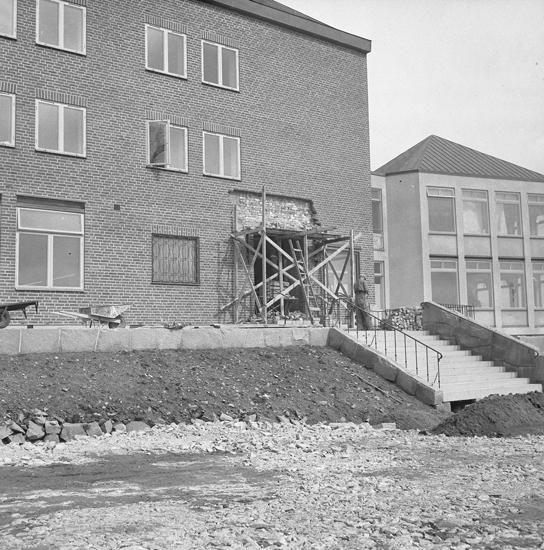 """""""Exteriör. Hotellet under inredning. 1952.05"""""""