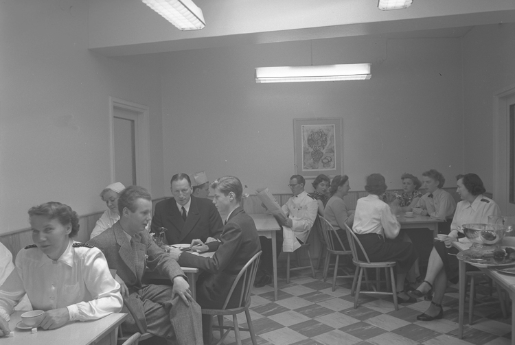 """Hotell Lysekil. 1952.05"""
