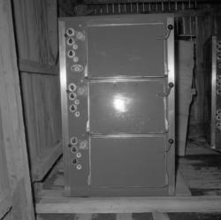 "Text till bilden: ""Ugnar. Ottelia. Konservfabrik. 1953"""
