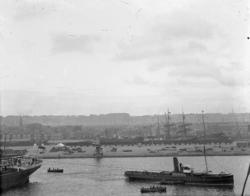 Bogsering av fartyg.