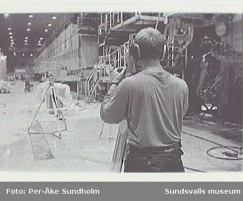 Dokumentation av PM 4 - Pappersmaskin 4, skiftlag 3, Ortvikens pappersbruk, inom ramen för SAMDOK:s Trä- och papperspool. 12 timmars planerat driftsstopp från 06.50 för underhållsarbete.