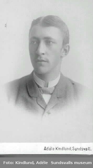 Gustaf sommaren 1887
