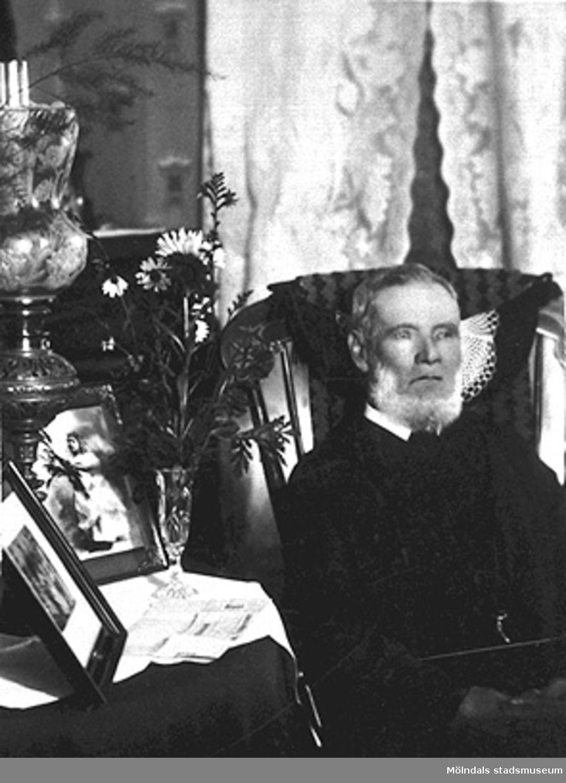 """Bilden visar Karl Persson, som föddes 1826. Roten M18 kallas """"Kalle Perssons"""" och har fått namn efter honom."""