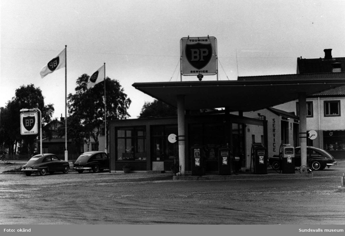 BP-stationen Härnösand. Köpman: Henning Engström.