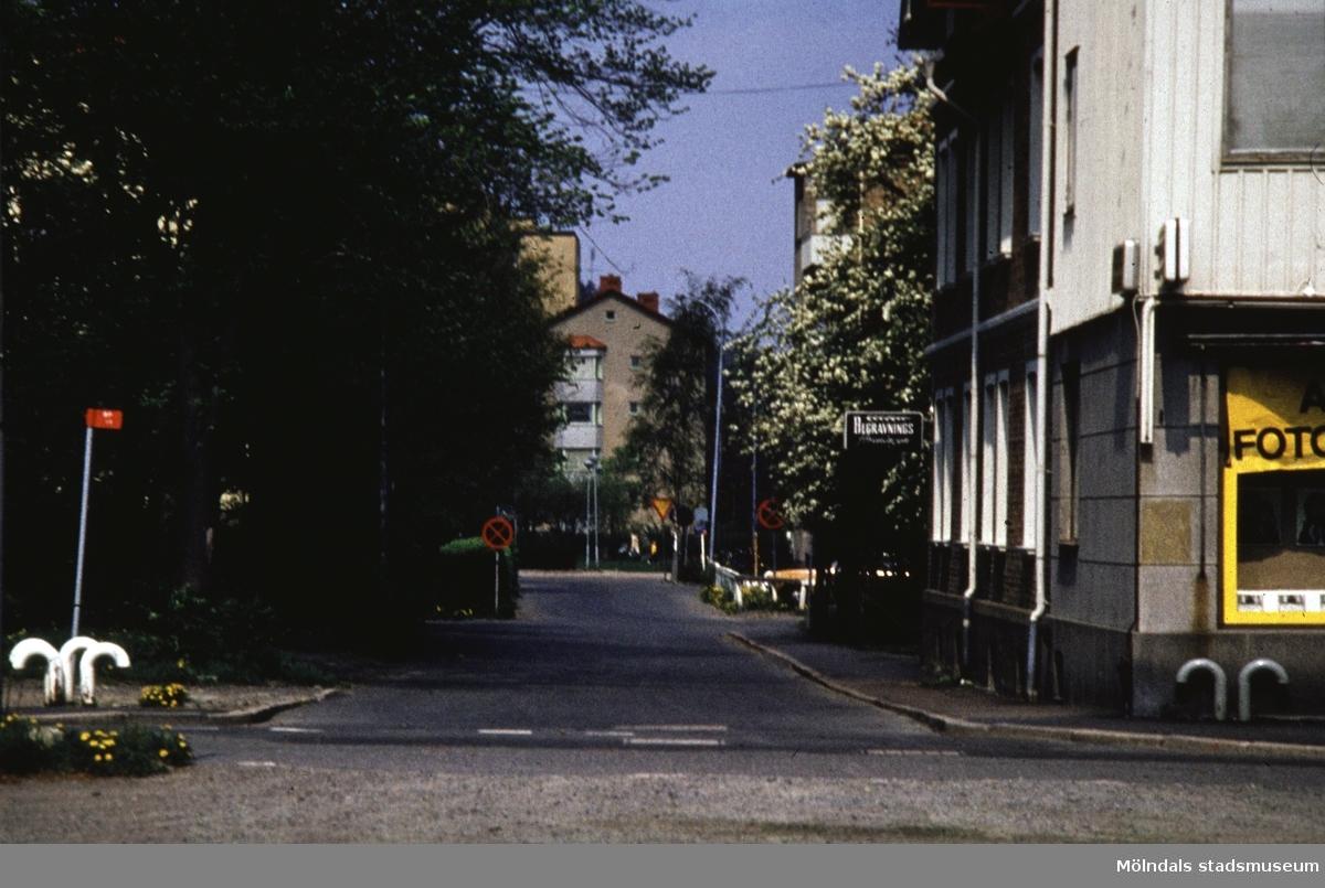 Vy från Medborgaregatan i Mölndal, 1970-tal.