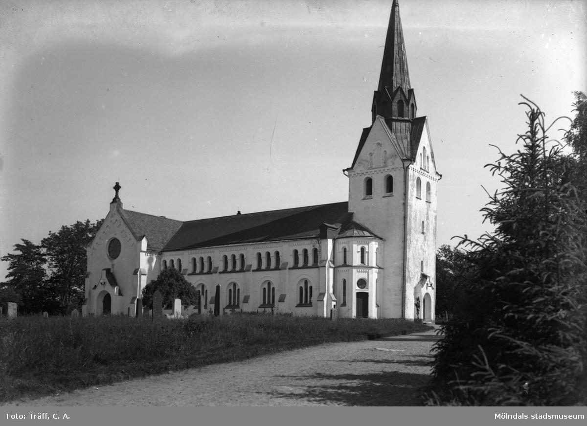 Lindome kyrka, 1930 - 40-talet.