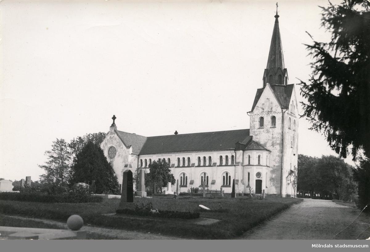 Lindome kyrka, 1930 - 50-talet.