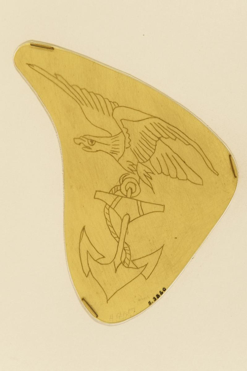 Tatueringsförlaga. En örn med ett ankare i klorna.