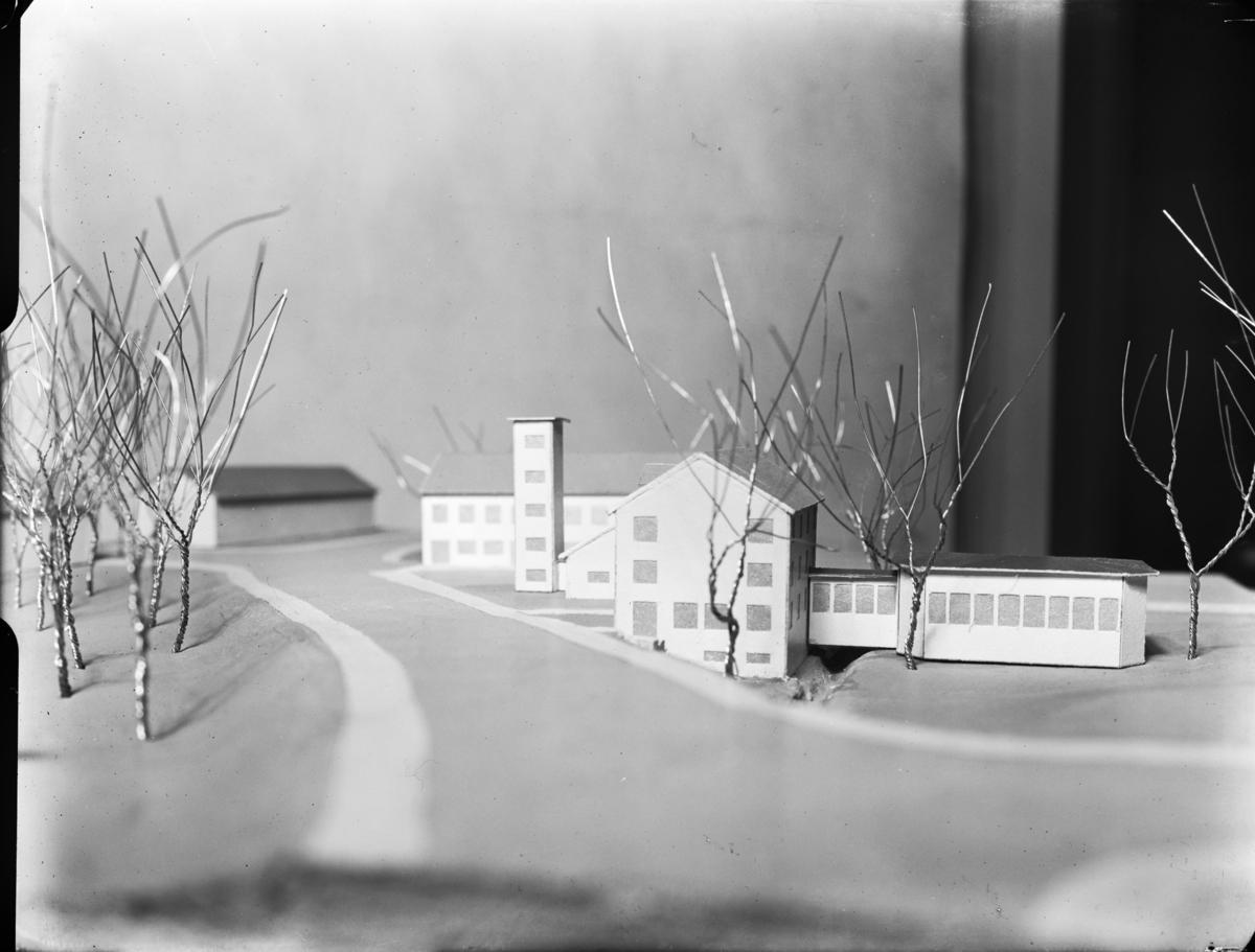 Modell av kommunalhuset i Oskarström efter ombyggnad