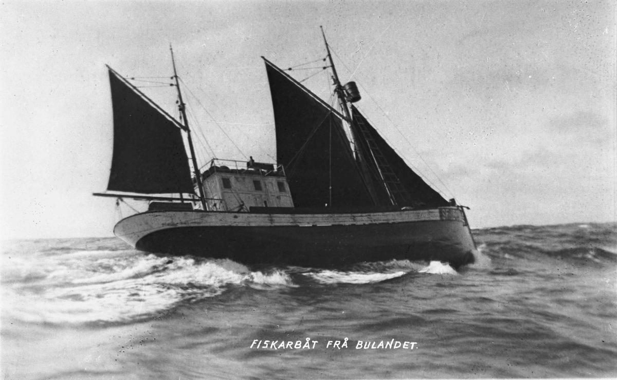 """Fiskekutteren """"Fedøy"""" for segl"""
