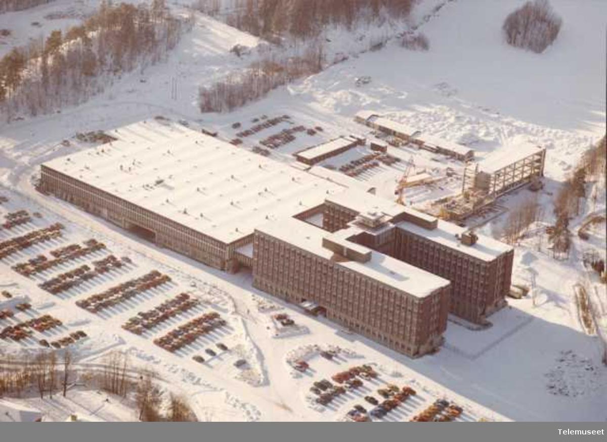 Flyfoto, bygninger, landskap, vinter, Elektrisk Bureau