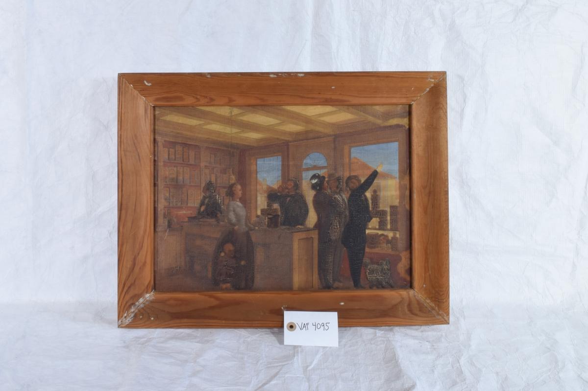 Maleriet viser innsiden av en sigarbutikk. En kvinne i blå bluse står bak disken og fem menn studerer butikkens varer.