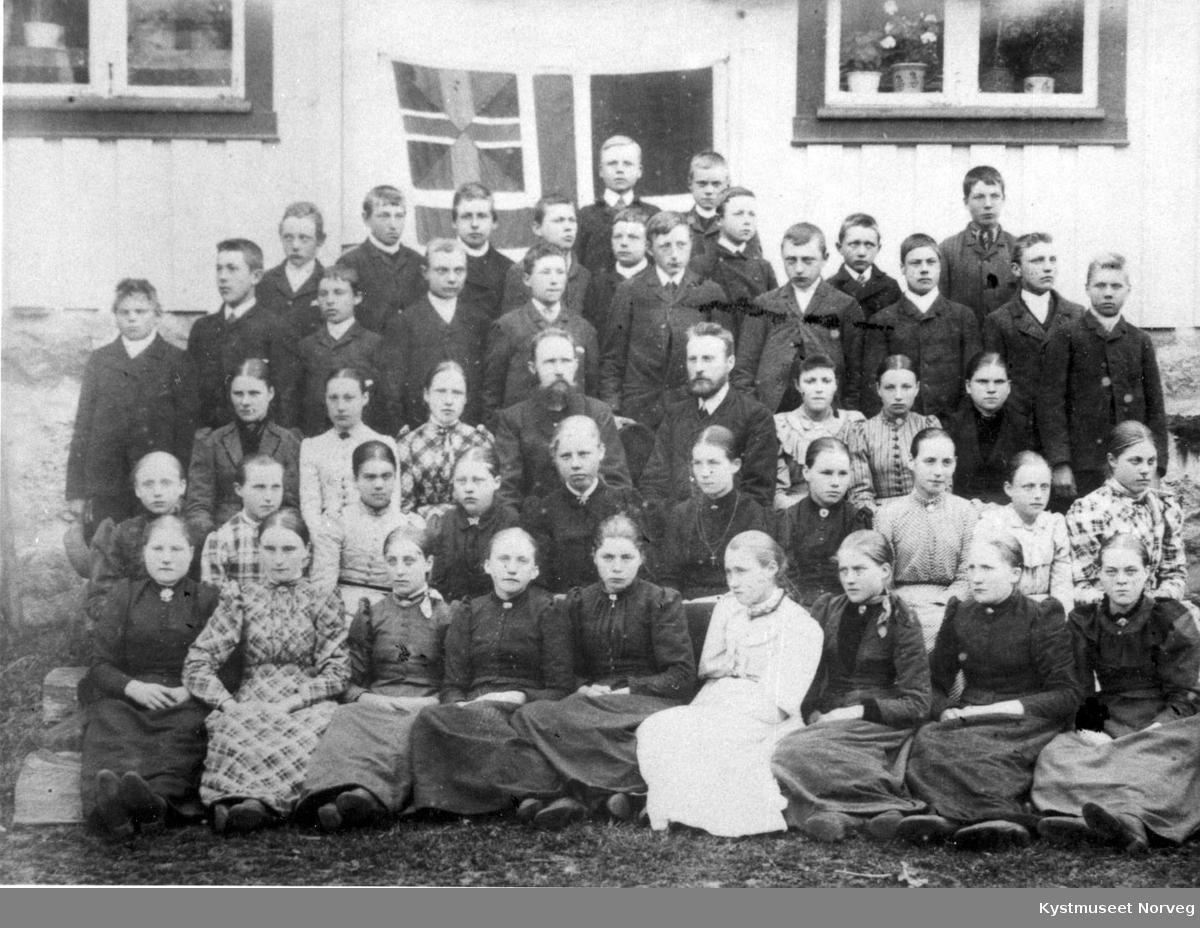 Leka, konfirmasjonsskole på Frøvik