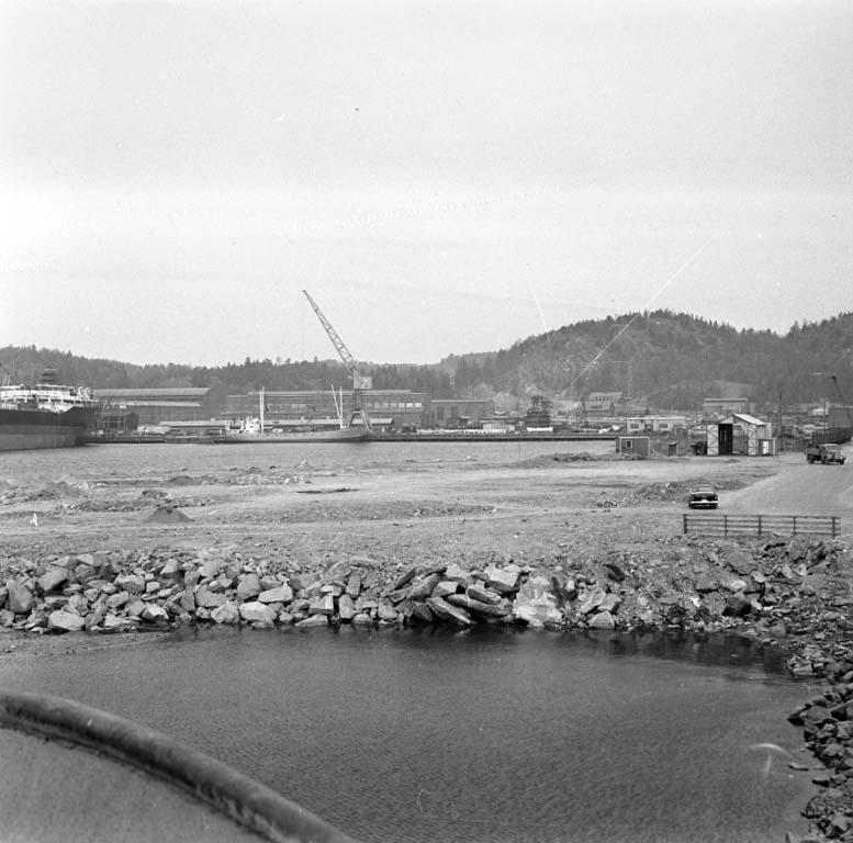 """Enligt notering: """"Sannes Byggnadsprojekt Hamnen 11/4 -60""""."""