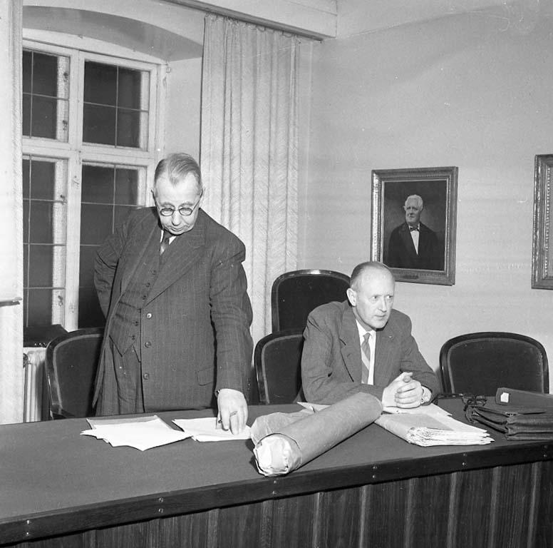 """Enligt notering: """"Fiskerimöte Rådhuset Nov -60""""."""