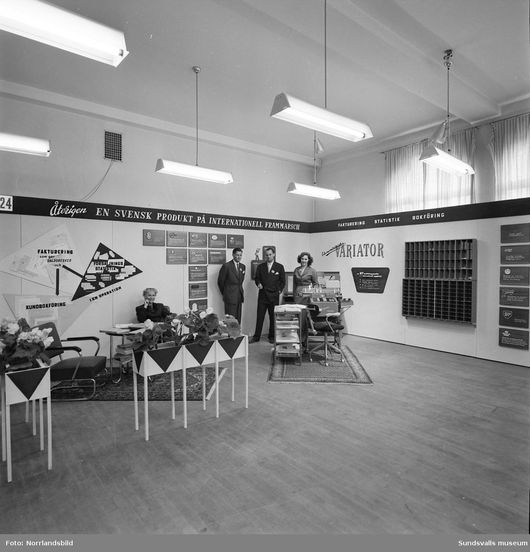 Monter på Sundsvallsmässan 1954, Variator kontorsmaskiner och ekonomiregister.
