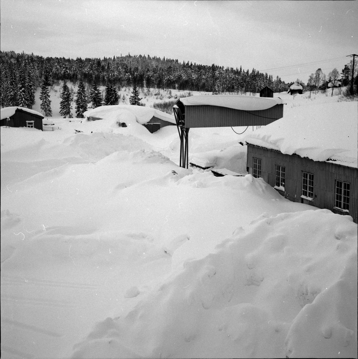 Industriområde med mye snø.