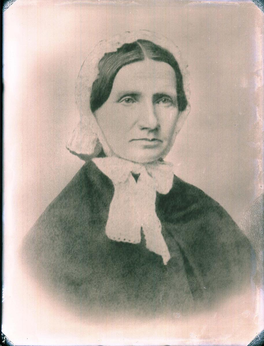Portrett - Eldre dame.