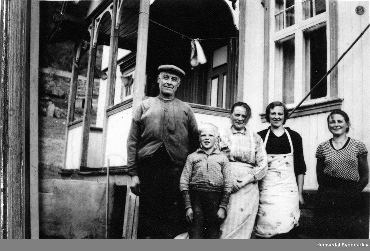 Frå venstre: Knut, Syver, Anne, Margit og Gunhild Grøthe