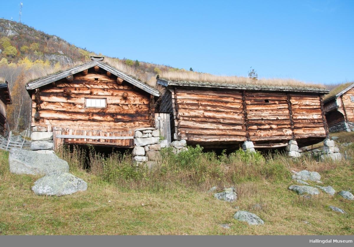 Fjøs i øvre Døkki, Dokken gård i Sudndalen