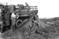Sør-Varanger. Tyske soldater øver i Kirkenes-fjellet. Leir m