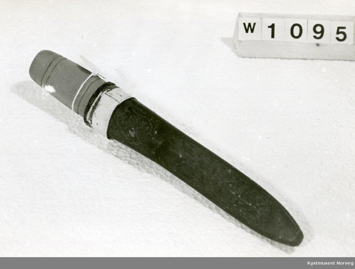 Kniv med slire.