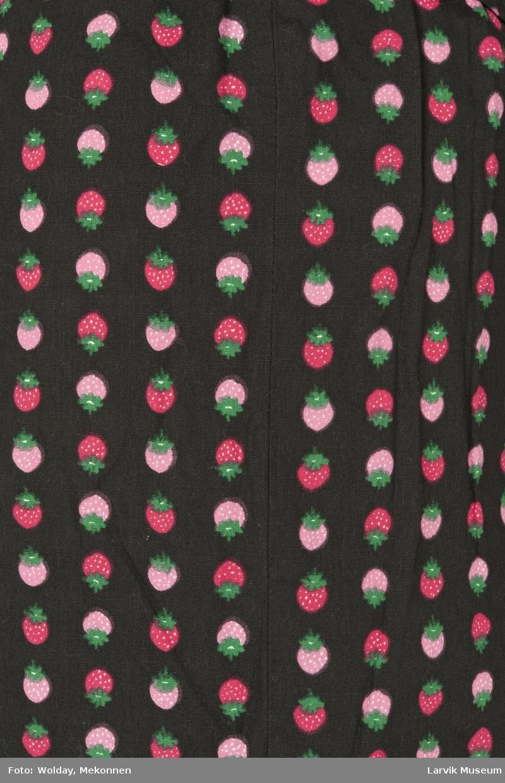 Trykket jordbærmotiv i rader