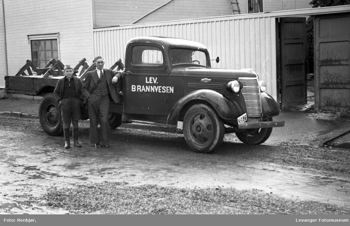 Levanger Brannvesens Chevrolet lastebil.