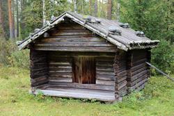 """Bu fra Rundhaugen, kjent som """"Trollbua"""" (Foto/Photo)"""