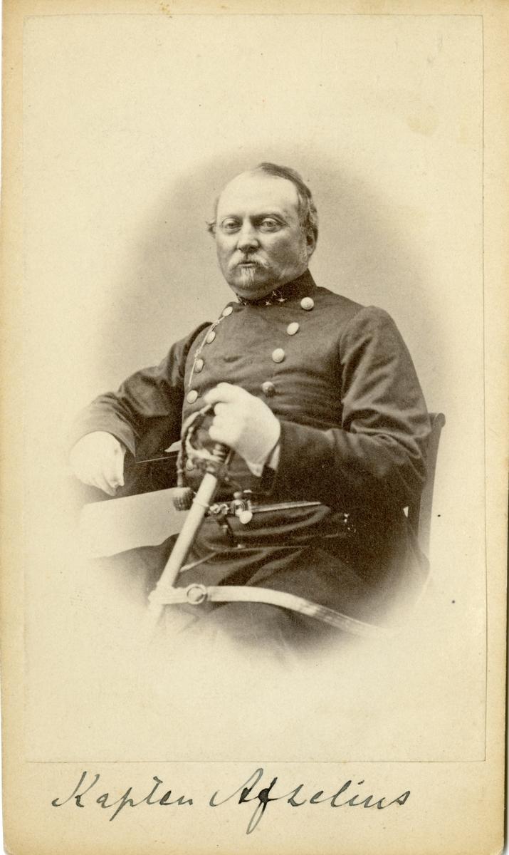 Porträtt av kapten Adam Afze Afzelius, kapten vid Hallands infanteribataljon.