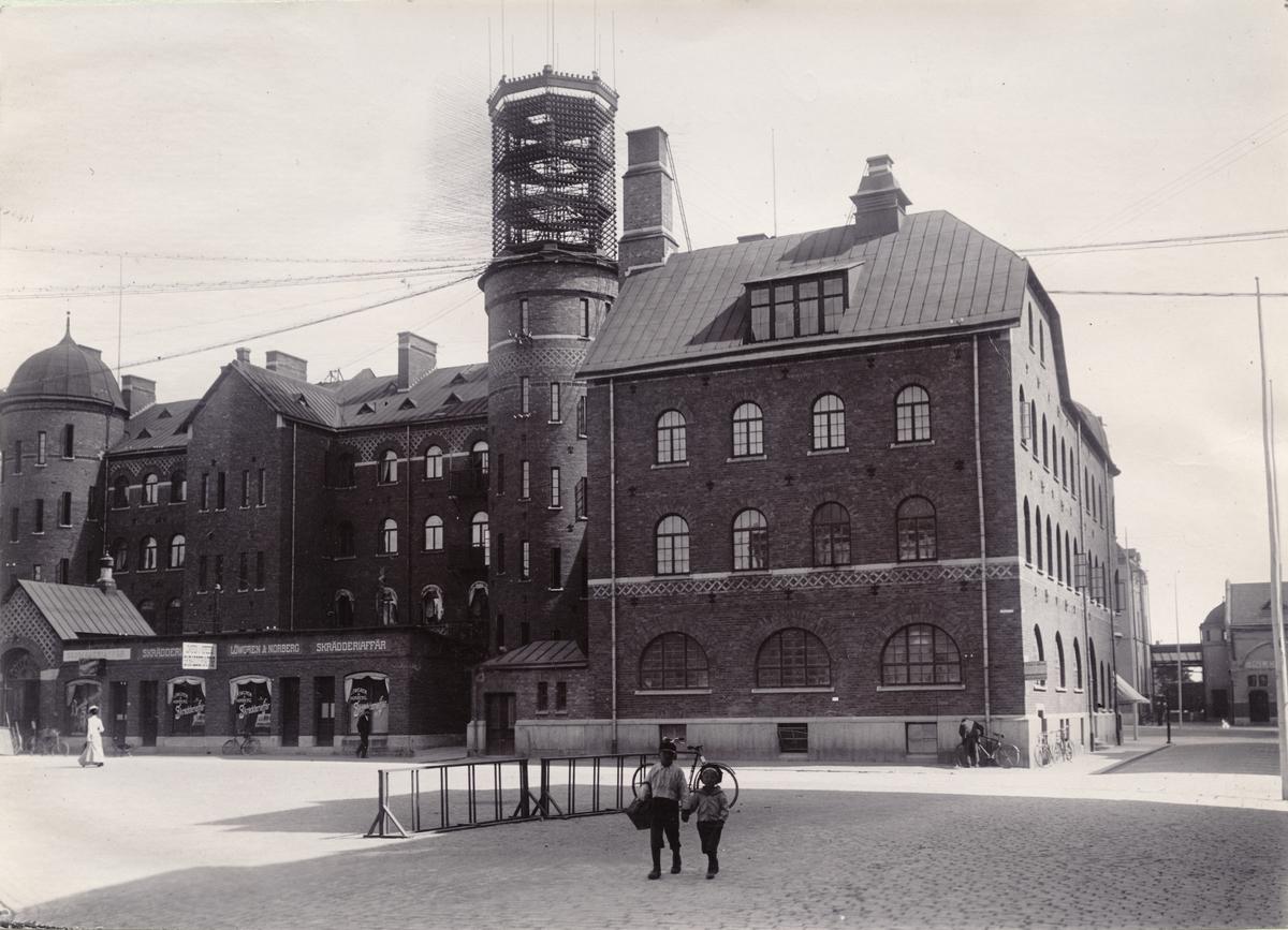 Telefontornet på Centralpalatset i Gefle (Gävle), 1901. Bild från tidskriften Hemmets bildmaterial.