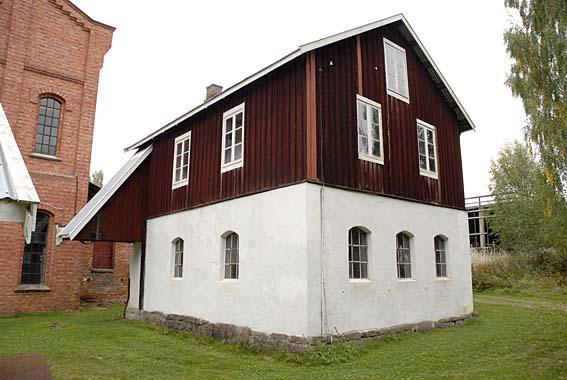 Det gamle verkstedet på Klevfos.