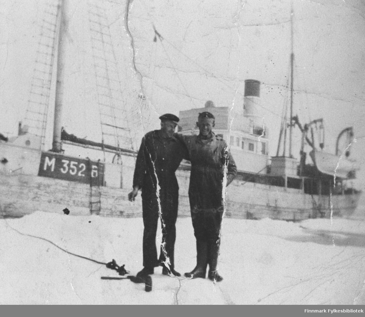 Johan Hokstad på Ishavet.