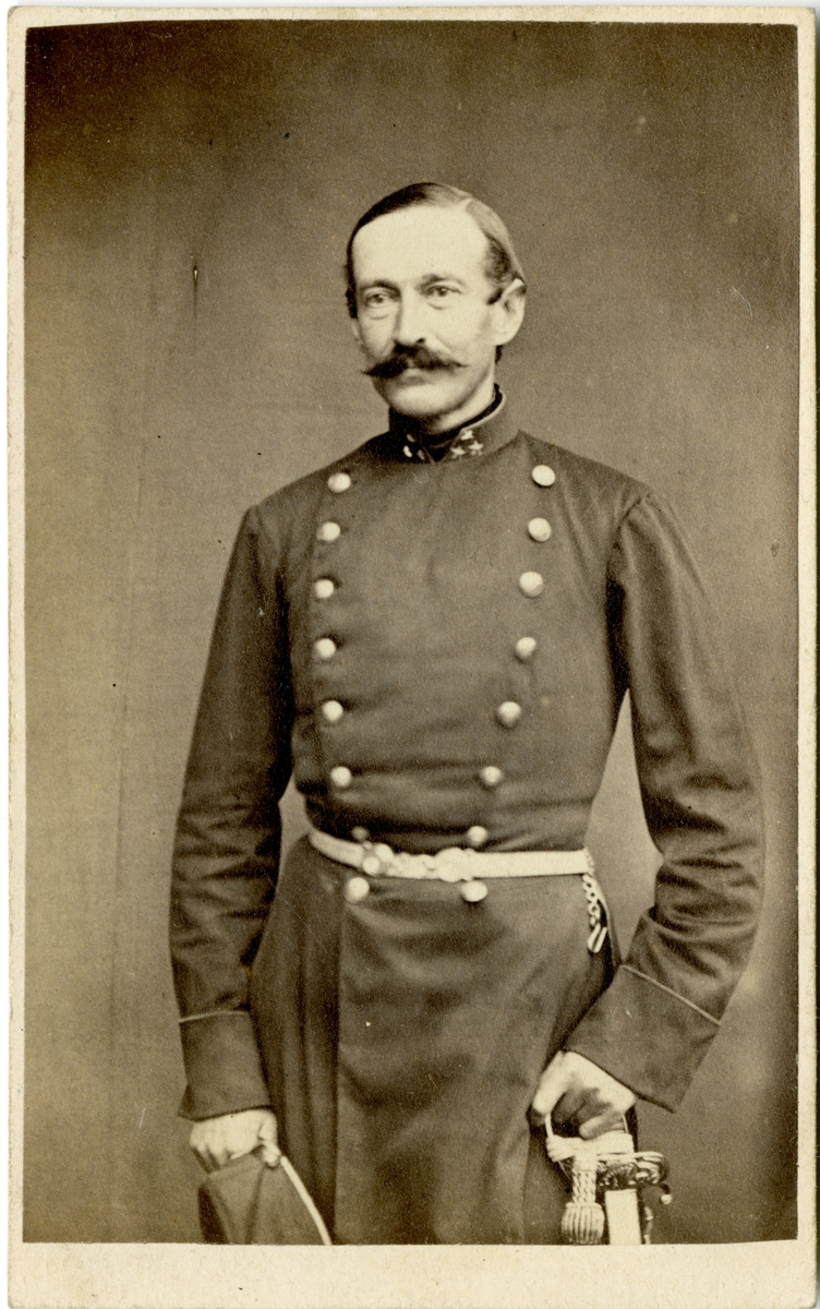 Porträtt av Carl Johan Hellman, löjtnant vid Jönköpings regemente I 12.
