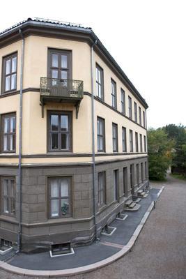 The Apartmentbuilig