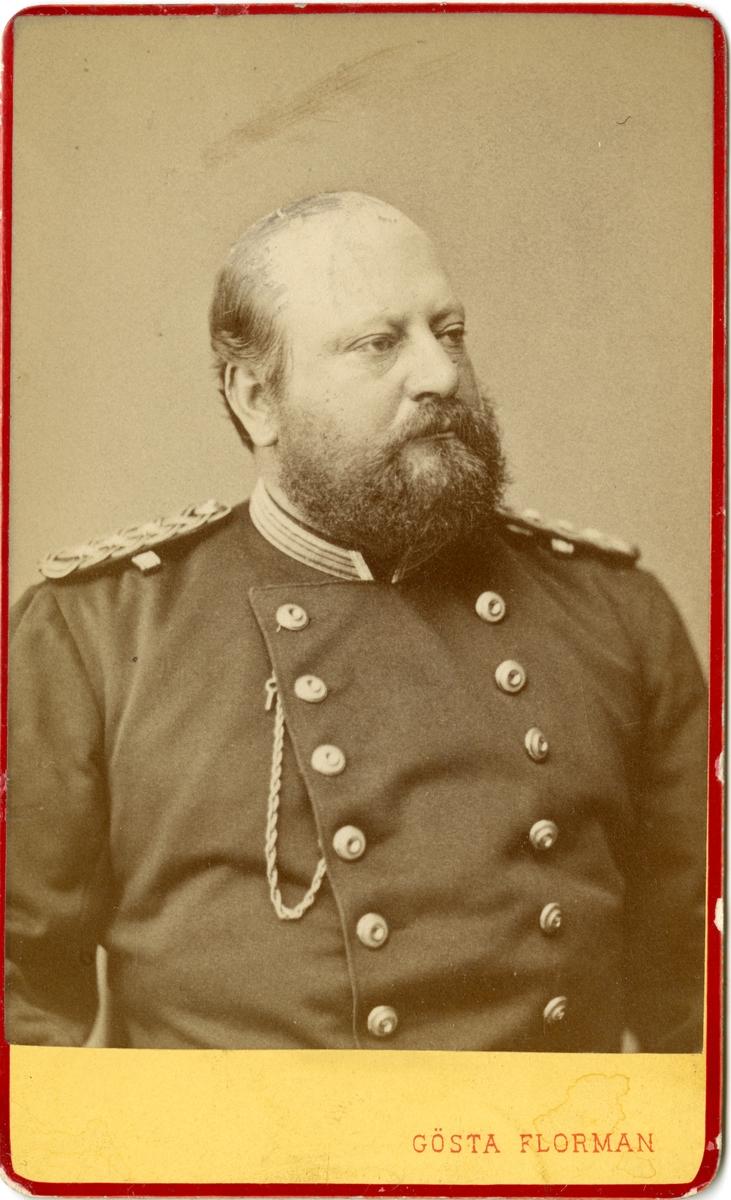 Porträtt av Albert Julius Hampus Uggla, kapten vid Närkes regemente.