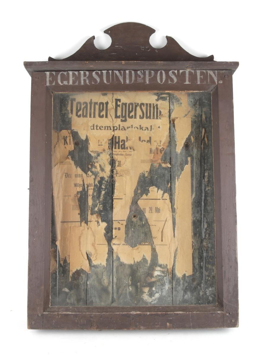 Avisvitrine til Egersundsposten.