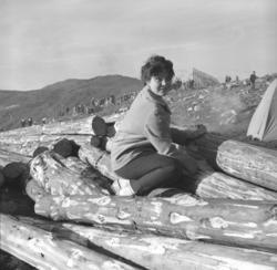 Maija, etternavn ukjent, fotografert på fjellet Salen i Hamm