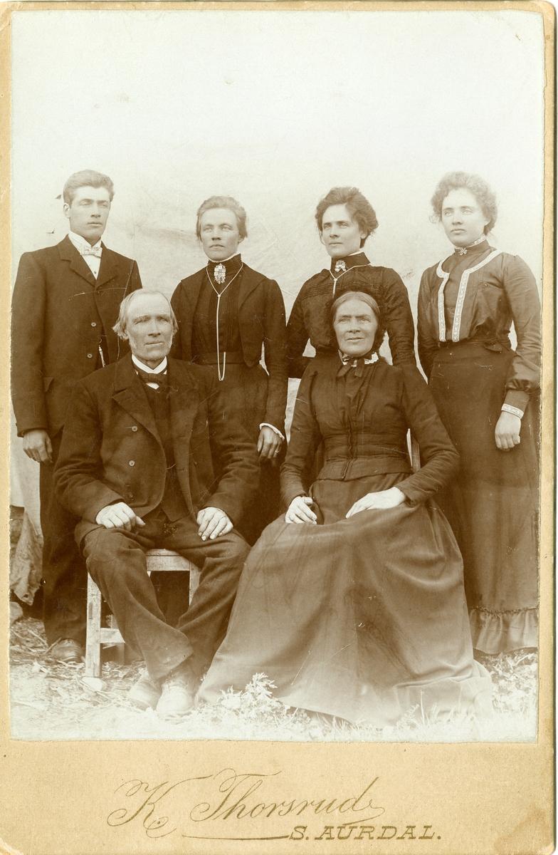Portrett av familien Brendingen.