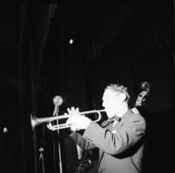 """Vardens arkiv. """"Lasse Gerlings? jazz-konsert i Porsgrunn""""  2"""