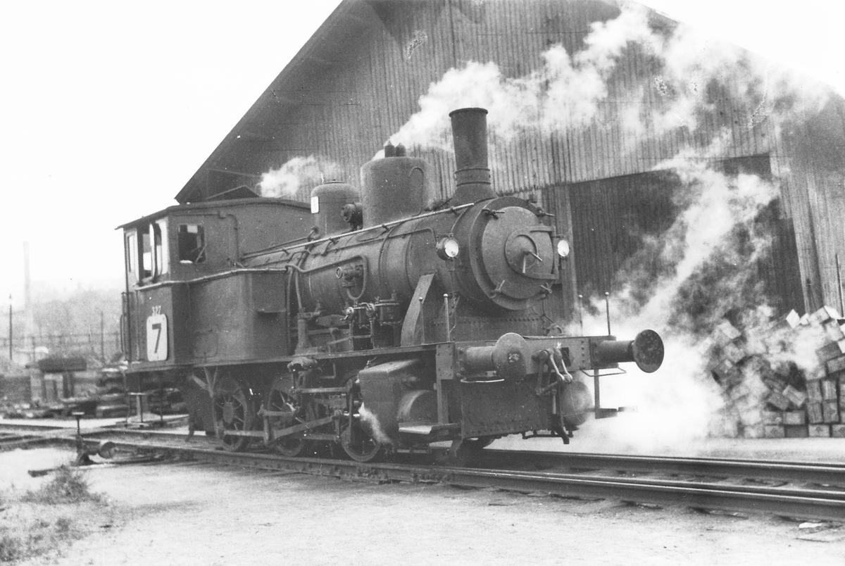 Damplok 25d 327 i skiftetjeneste i Oslo