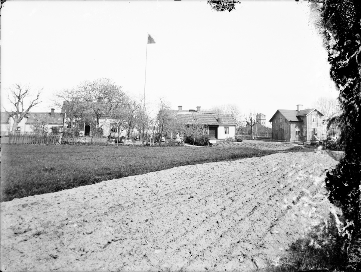 Familjen Erikssons gård vid Kvarngatan, Östhammar, Uppland