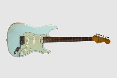 Fender Stratocaster Sonic Blue