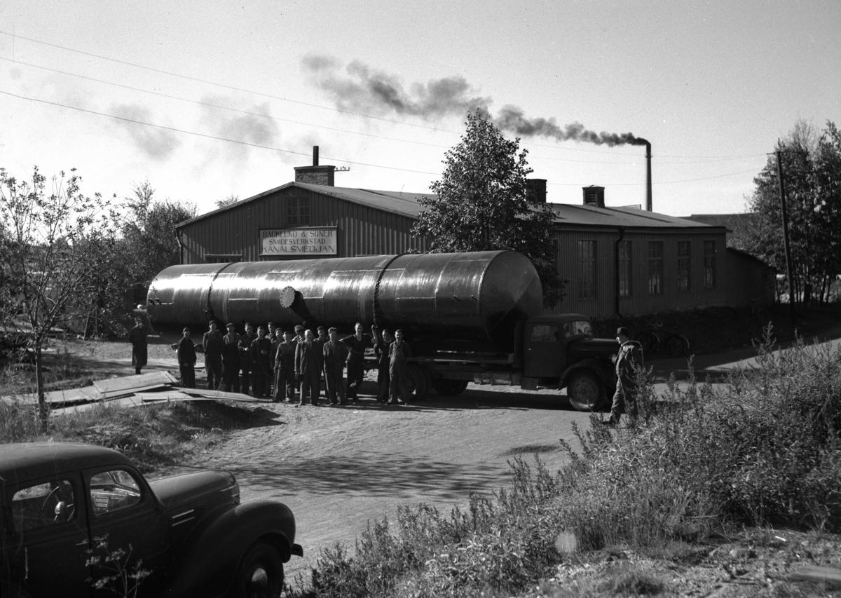 Cistern tillverkad av Kanalsmedjan i Inre hamn år 1947.
